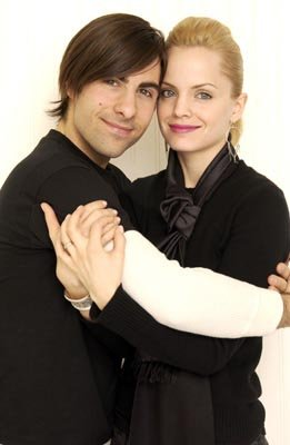 Jason Schwartzman and Mena Suvari