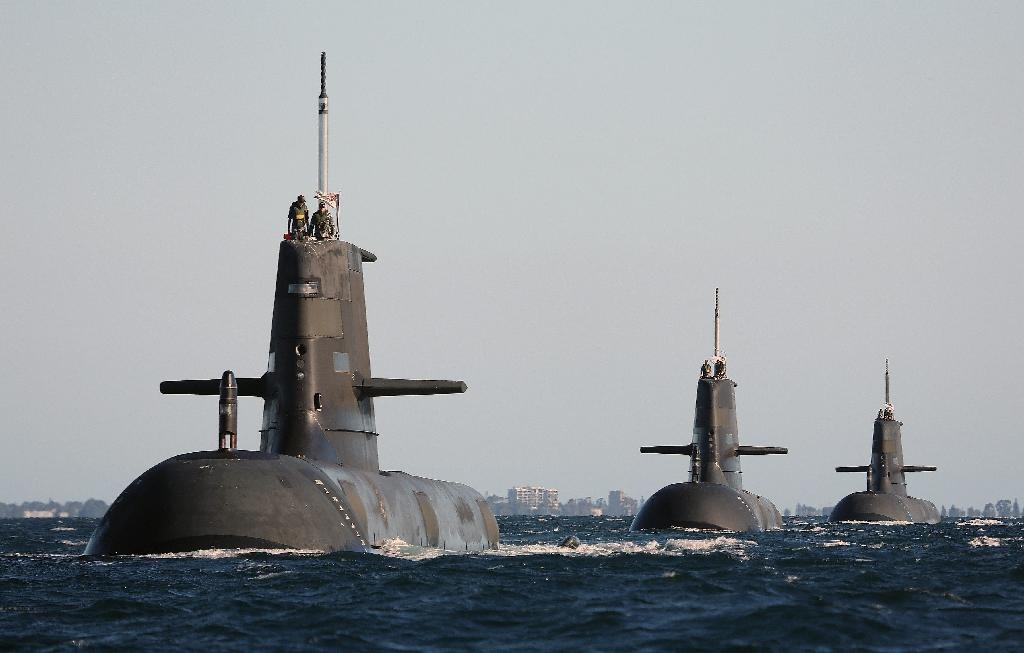 Japan steps up bid to win Australia submarine contract