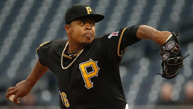 Cueto pitches Reds by Pirates 4-1