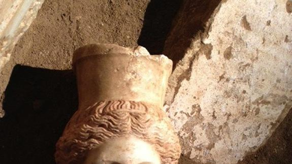 Missing Sphinx Head Found in Ancient Greek Tomb