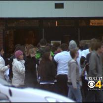 More Arapahoe High Students Return To School One Week After Shooting
