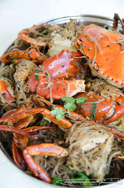 Jacob Leong (Cook Snap Eat Love) cooked black pepper crabs with sweet potato noodles for his friends and a couple of buddies. (Photo courtesy of Jacob Leong)