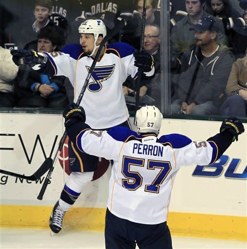 Perron, Redden lead Blues past Stars