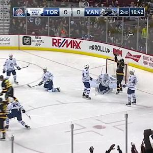 Sedin's goal breaks scoreless tie