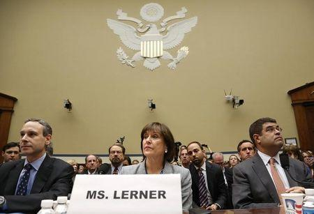U.S. investigators recover 32,744 emails in IRS targeting probe