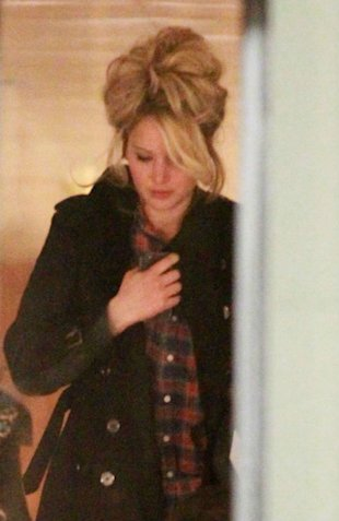 PHOTOS: Jennifer Lawrence Goes Back To The 70s With Bouffant Hair On Set Of David O. Russell Film