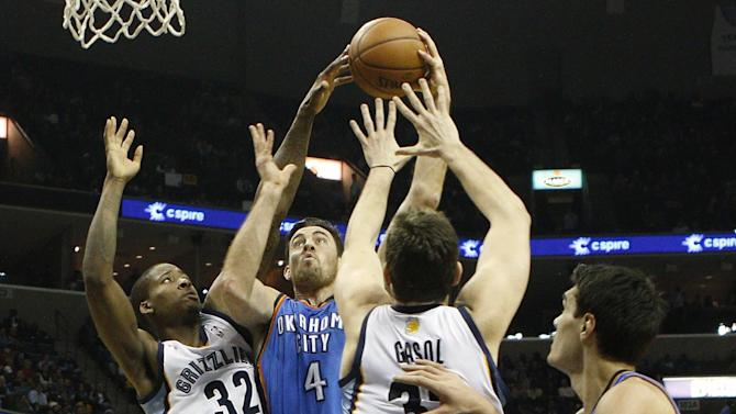 Grizzlies beat Thunder 90-87 in Gasol's return