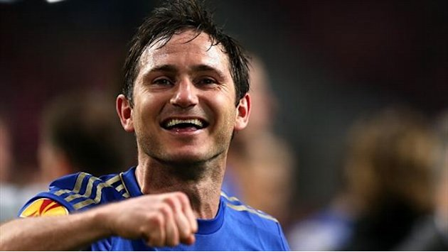 Football - Lampard labels Benitez stint a success