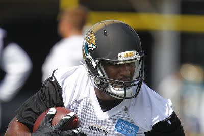 Jaguars TE Julius Thomas could be out a month due to finger surgery