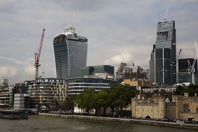 Exclusive Photos ;  Jeez See the Building Blamed for Melting Cars in London