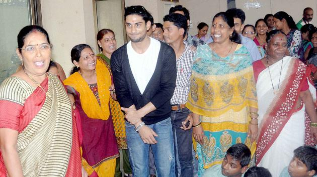 My mom was a wonderful person: Prateik Babbar