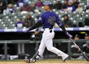 Rockies rally, win in 10th to sweep DH from Mets