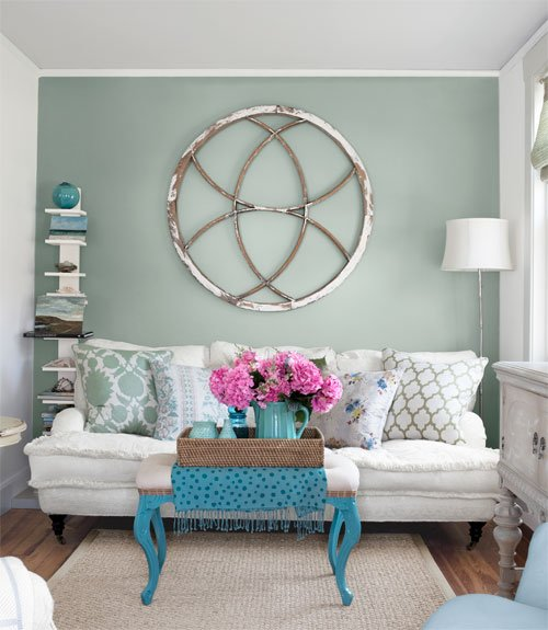 Home tour: A cottage shows you when to restrain color, when to cut ...