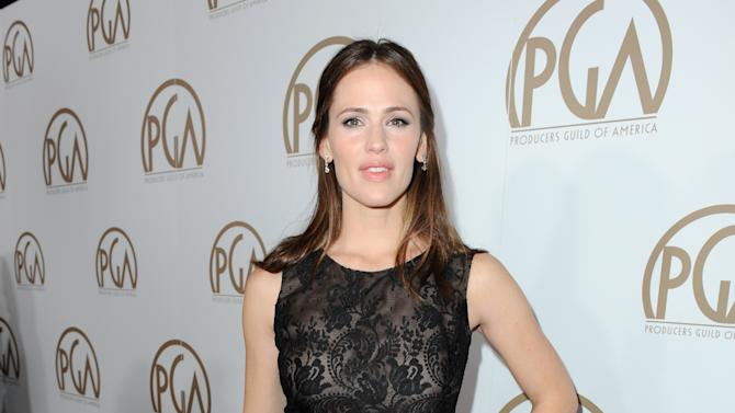IMAGE DISTRIBUTED FOR THE PRODUCERS GUILD - Jennifer Garner arrives at the 24th Annual Producers Guild (PGA) Awards at the Beverly Hilton Hotel on Saturday Jan. 26, 2013, in Beverly Hills, Calif. (Photo by Jordan Strauss/Invision for The Producers Guild/AP Images)