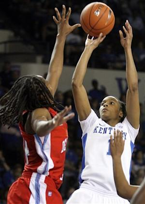 No. 6 Kentucky women beat Delaware State 90-50