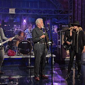 Late Show Web Exclusive: Metric -