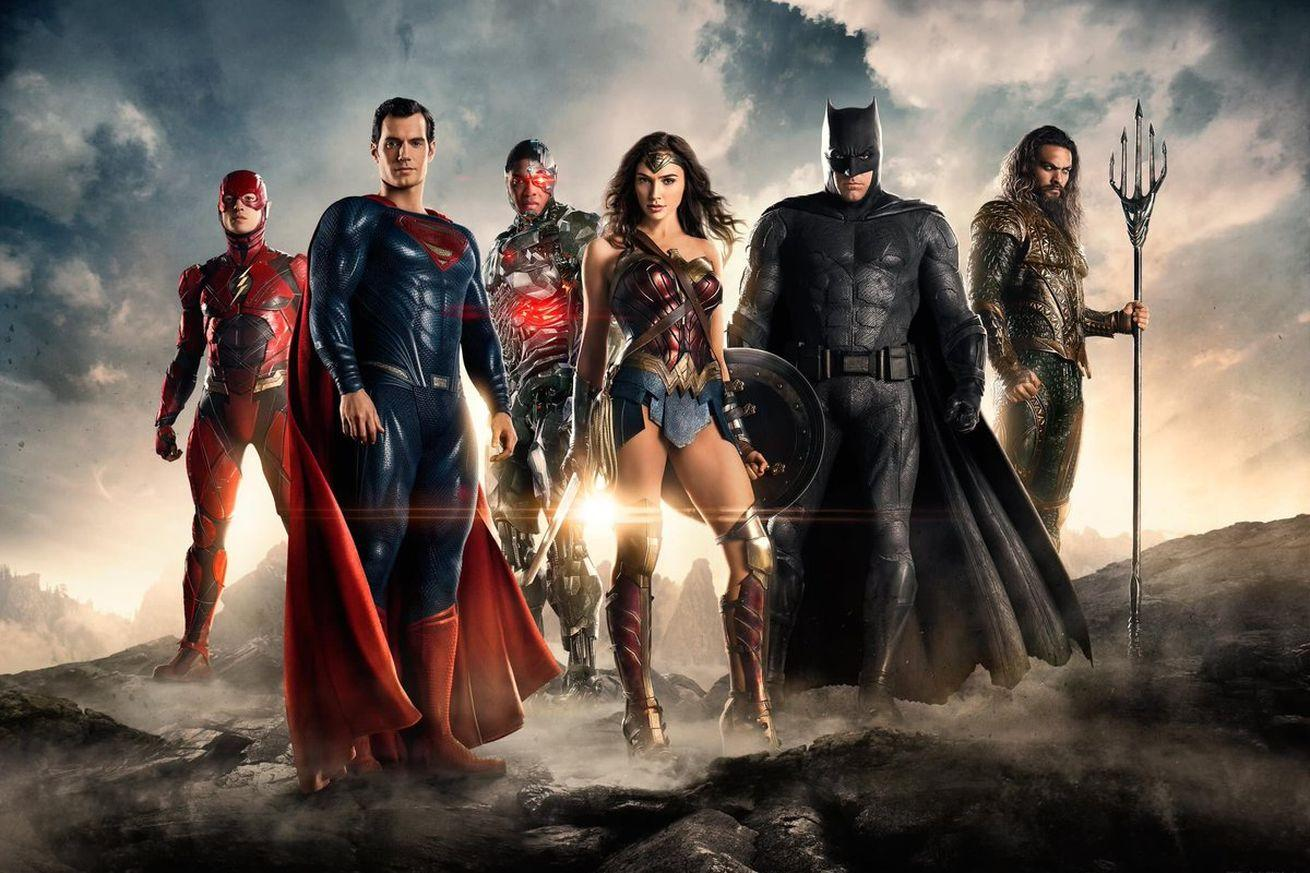 Here's the first image of the Justice League together at last