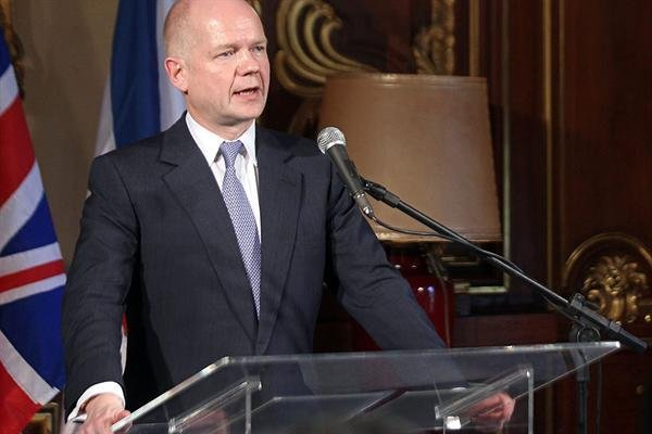 William Hague se reuni con Kerry y hablaron sobre diversos temas de la agenda bilateral.