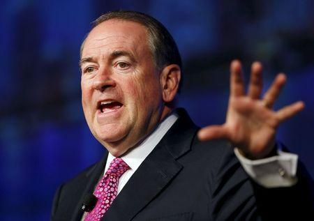 Mike Huckabee stands behind Holocaust comment as backlash continues