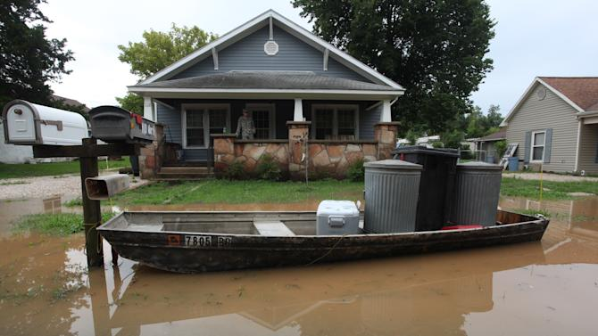 Mo. National Guard to help as flooding continues