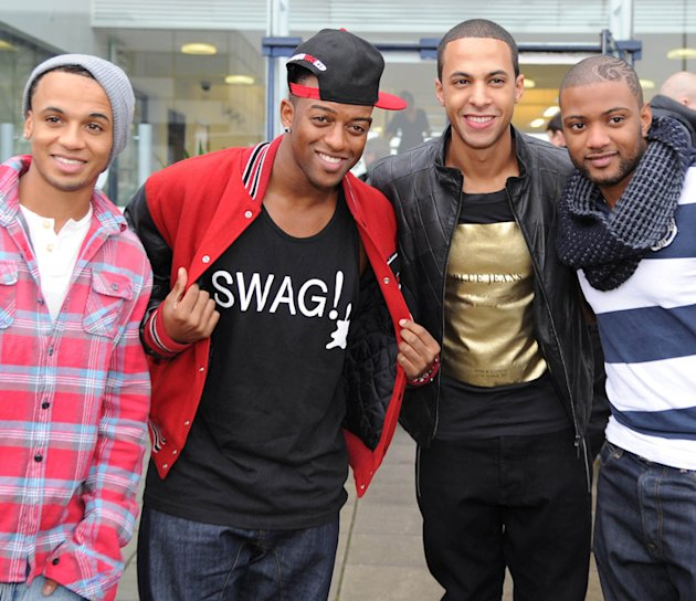 JLS photos: Another pic and another excuse to check out the boys' hotness.