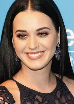 Katy Perry and Other Stars Dumped Via Text Message