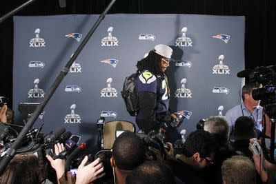 Marshawn Lynch lectures media, shouts out everybody