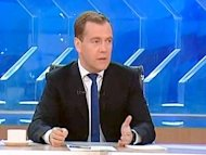 &quot;Gli alieni sono tra noi&quot;, il fuori onda di Medvedev fa il giro del web (VIDEO)
