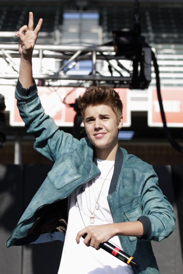 Singer Bieber gestures on stage after introducing singer Carly Rae Jepsen at the 2012 Wango Tango concert at the Home Depot Center in Carson