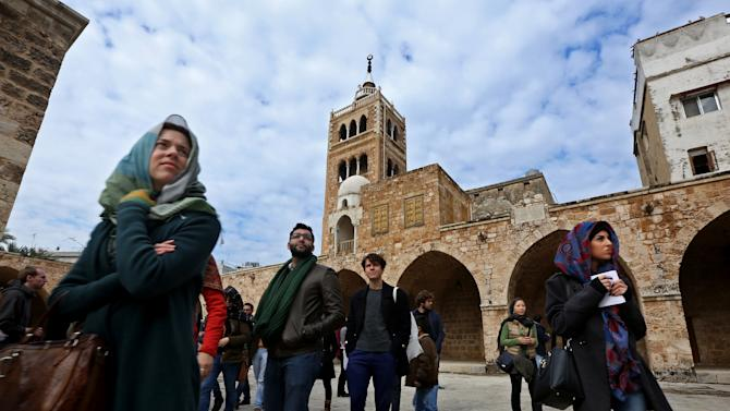Tourists give hope to residents of battered Lebanese city