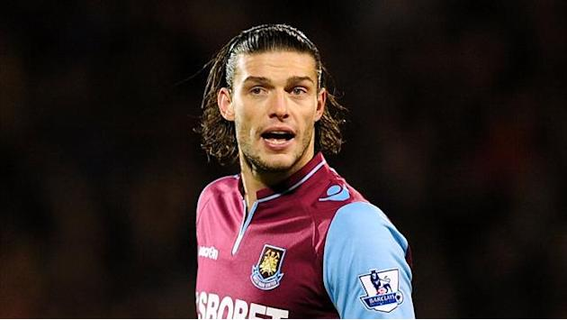 Premier League - Carroll desperate to return