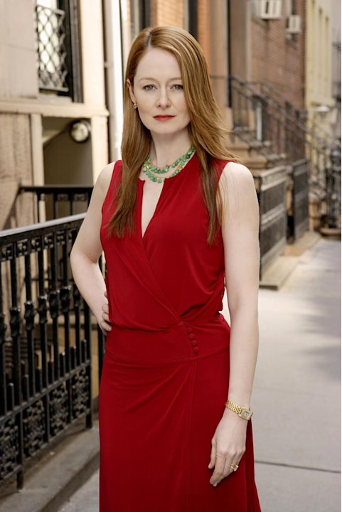 Miranda Otto stars as Juliet in Cashmere Mafia. 