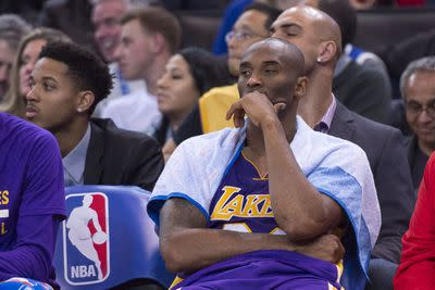 What's wrong with these Lakers? And other questions that don't have easy answers