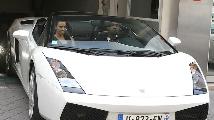 Kim Kardashian and Kanye West have fun in Paris