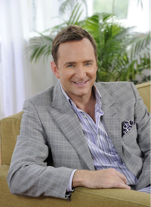 "Clinton Kelly co-hosts ""The Chew."""