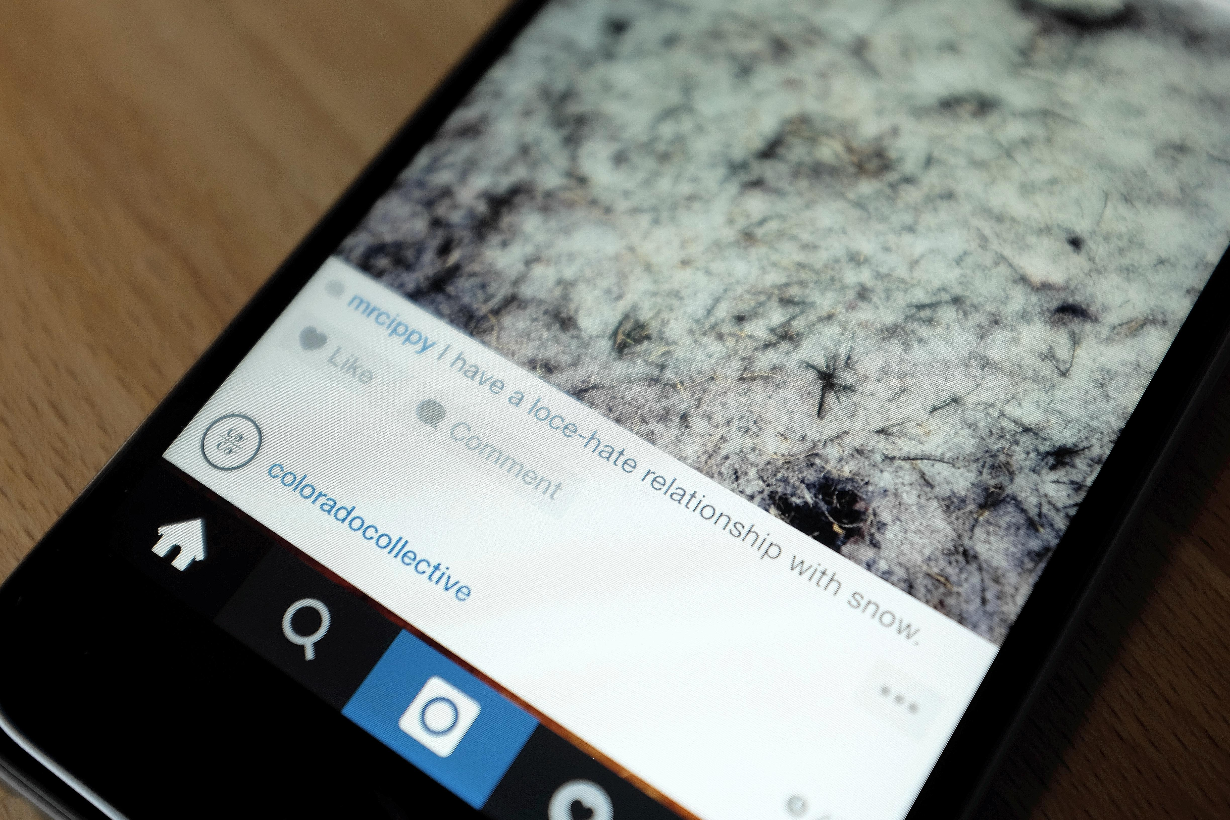 Instagram gives companies more ways to display ads