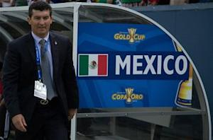 El Tri players maintain Chepo support
