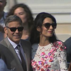 It's Official! Crowd Gathers for Clooney's Civil Wedding Ceremony