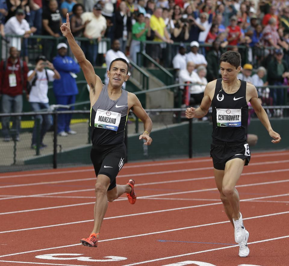 Leonel Manzano leads Matthew Centrowitz to the finish of the men's 1500 meters at the U.S. Olympic Track and Field Trials Sunday, July 1, 2012, in Eugene, Ore. (AP Photo/Matt Slocum)