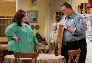 Melissa McCarthy, Billy Gardell | Photo Credits: Sonja Flemming/CBS