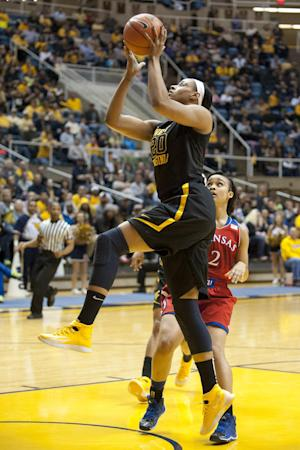 No. 7 WVU women beat Kansas 67-60
