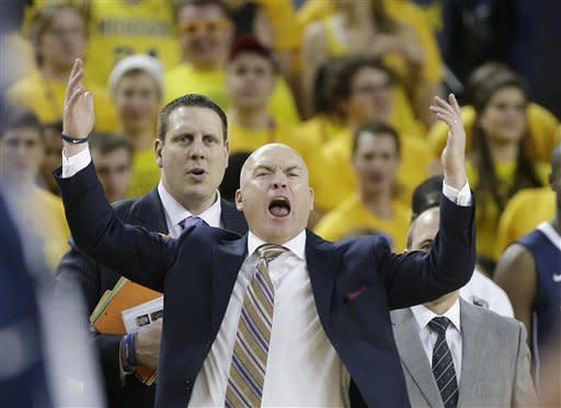 No. 4 Michigan starts slow, beats Penn State 79-71