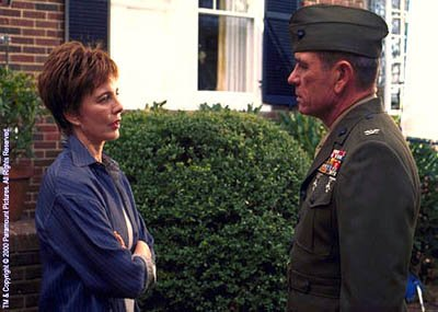 Anne Archer as Ambassador Mourain's wife and Tommy Lee Jones as Col. Hayes Hodges in Paramount's Rules Of Engagement