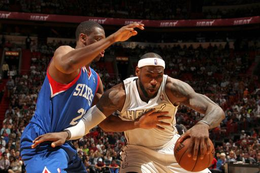 LeBron returns, Heat top 76ers 106-87