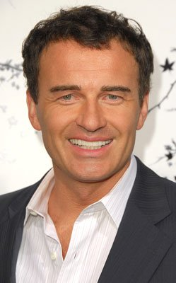 Julian McMahon at the Hollywood premiere of TriStar Pictures' Premonition