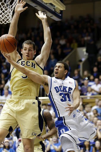 No. 3 Duke bounces back, beats Ga Tech 73-57