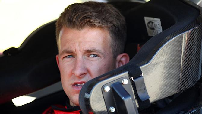Phoenix Racing tabs Allmendinger for No. 51