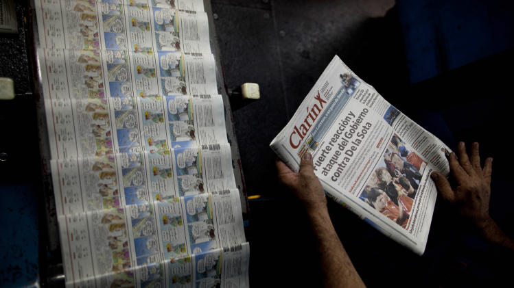 Grupo Clarin wins reprieve on Argentina media law