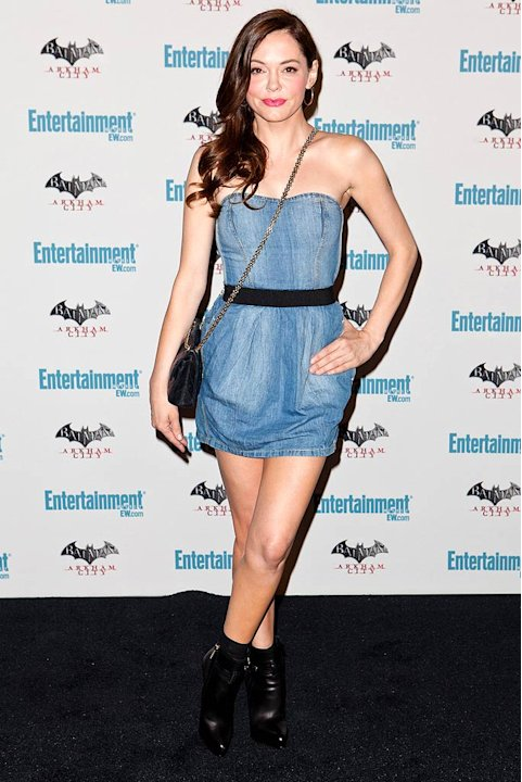 Rose Mc Gowan EW Comic Con