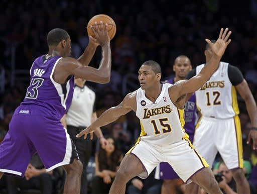 LA Lakers beat Kings without Kobe, 113-102